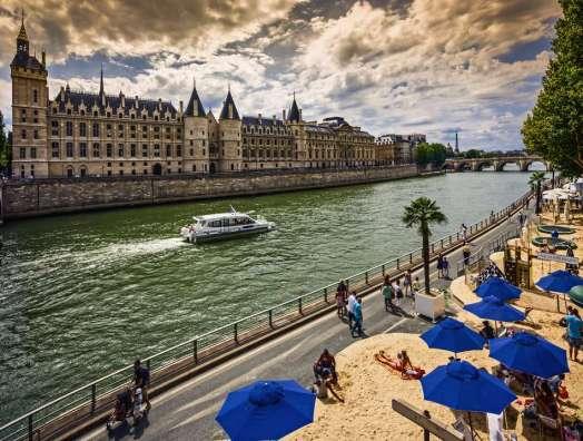 paris-plages-france-461559829-5919cba43df78cf5fa3c031e.jpg